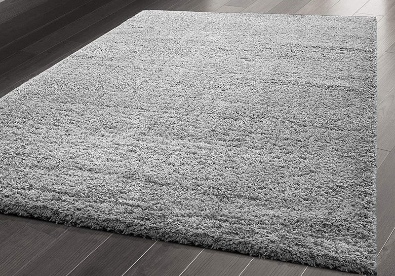 Decorate the floor with beautiful shag rugs